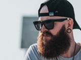 Comment discipliner les poils de barbe rebelles ?